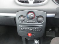 USED 2011 11 RENAULT CLIO 1.1 DYNAMIQUE TOMTOM TCE 5d 100 BHP Low Mileage & Great Condition