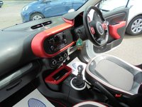 USED 2015 15 RENAULT TWINGO 0.9 DYNAMIQUE ENERGY TCE S/S 5d 90 BHP
