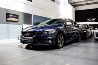 2014 VOLVO V40 2.0 D4 R-DESIGN 5d 187 BHP..BIG SPEC & THE BEST COLOUR!! £9991.00