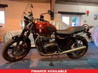 USED 2016 16 TRIUMPH BONNEVILLE 900 STREET TWIN STUNNING TRIUMPH STREET TWIN 900cc BONNEVILLE. ONLY 2K MILES, FANTASTIC CONDITION. MANY FACTORY EXTRAS, MUST BE SEEN.
