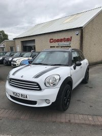 USED 2012 MINI COUNTRYMAN 1.6 COOPER 5d AUTO 122 BHP