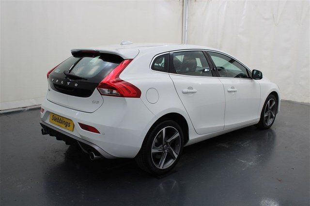 VOLVO V40 at Stebbings