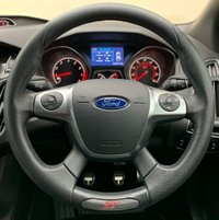 USED 2014 64 FORD FOCUS ST-3 2.0 5DR 245 BHP, ULTRA LOW MILES, SAT NAV TOUCH SCREEN HEAD UNIT WITH SAT NAV & BLUETOOTH