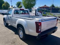 USED 2019 ISUZU D-MAX 4x4 Single Cab Pick-Up 2019MY Euro 6 New and UN registered Isuzu D-Max 4X4 single cab pickup - Euro 6 Engine with no ad blue required - Tows 3500 kgs - 5 year 125,000 mile warranty - 5 years roadside assistance