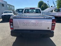 USED 2020 ISUZU D-MAX 4x4 Single Cab Pick-Up 2019MY Euro 6 New and UN registered Isuzu D-Max 4X4 single cab pickup - Euro 6 Engine with no ad blue required - Tows 3500 kgs - 5 year 125,000 mile warranty - 5 years roadside assistance