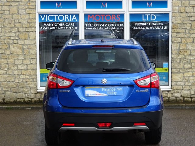 SUZUKI SX4 S-CROSS at Victoria Motors Ltd