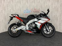 2015 APRILIA RS4  RS4 125 LEARNER LEGAL 1 PREVIOUS OWNER LOW MILES 2015 15 £2990.00