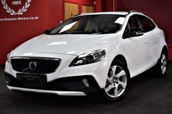 2016 VOLVO V40 2.0 D2 CROSS COUNTRY LUX 5d 118 BHP £11495.00
