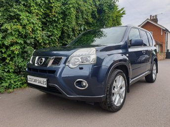 2010 NISSAN X-TRAIL 2.0 TEKNA DCI AUTOMATIC - FULL SERVICE HISTORY - SATELLITE NAVIGATION, PANORAMIC SUNROOF, REVERSING CAMERA, BLUETOOTH £7990.00