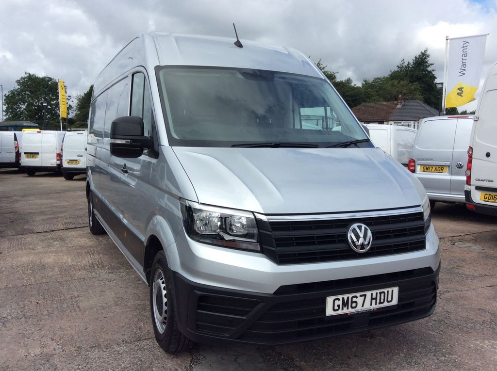 USED 2018 67 VOLKSWAGEN CRAFTER LWB 2.0 CR35 TDI H/R  STARTLINE 138 BHP 1 OWNER FSH AIR CON PDC CRUISE MANUFACTURERS WARRANTY AIR CONDITIONING EURO 6 FRONT AND REAR PARKING SENSORS CRUISE CONTROL ELECTRIC WINDOWS AND MIRRORS BLUETOOTH 6 SPEED SPARE KEY
