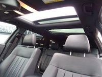 USED 2015 15 MERCEDES-BENZ E CLASS 2.1 E220 BLUETEC SE PREMIUM PLUS 5d AUTO 174 BHP SAT NAV+PAN ROOF+REV CAMERA+++