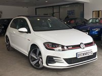 USED 2017 17 VOLKSWAGEN GOLF 2.0 GTI TSI 3d 227 BHP PAN ROOF+ BLK LEATHER+SAT NAV+