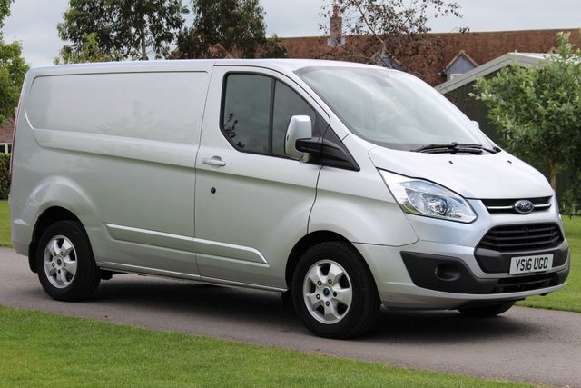 USED 2016 16 FORD TRANSIT CUSTOM 2.2 270 LIMITED LR P/V 1d 124 BHP Beautiful Colour, - LIMITED - Top Spec Warranty + Service History