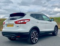 USED 2014 64 NISSAN QASHQAI 1.5 dCi Tekna 5dr 360 CAMS! PAN ROOF! PRIVACY!
