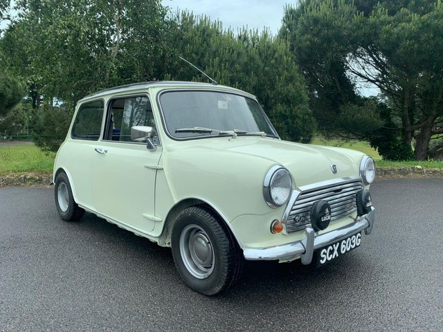 View our MORRIS MINI