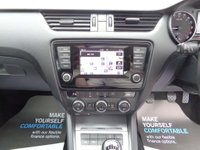 USED 2014 14 SKODA OCTAVIA 1.6 TDI CR Elegance 5dr Full Skoda History, Nav, Phone