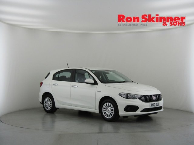 View our 2017 17 FIAT TIPO 1.4 EASY 5d 94 BHP