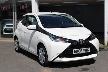 Used TOYOTA AYGO for sale in Romford