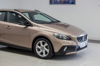 USED 2014 14 VOLVO V40 1.6 D2 CROSS COUNTRY LUX 5d AUTO 115 BHP JULY 2020 MOT & Just Been Serviced