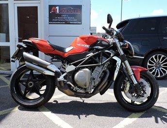 2011 MV AGUSTA BRUTALE 982cc BRUTALE 989 R / (F4 Naked) Marchesini Wheels/ Brembo Brakes / Carbon Fibre Hugger £6995.00