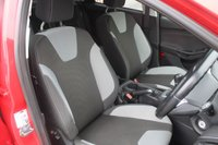 USED 2012 62 FORD FOCUS 1.0 ZETEC 5d 99 BHP PETROL RED STUNNING EXAMPLE + GOOD SERVICE HISTORY+ £20 PER YEAR TO TAX