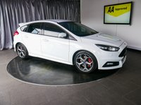 """USED 2016 16 FORD FOCUS 2.0 ST-3 5d 247 BHP £0 DEPOSIT FINANCE AVAILABLE, 8"""" COLOUR TOUCH SCREEN, AIR CONDITIONING, AUX INPUT, BI XENON HEADLIGHTS, BLUETOOTH CONNECTIVITY, CLIMATE CONTROL, CRUISE CONTROL, DAB RADIO, DAYTIME RUNNING LIGHTS, HEATED SEATS, KEYLESS START, PARKING SENSORS, QUICK CLEAR HEATED WINDSCREEN, RECARO SPORTS SEATS, START/STOP SYSTEM, STEERING WHEEL CONTROLS, TRIP COMPUTER, USB INPUT"""