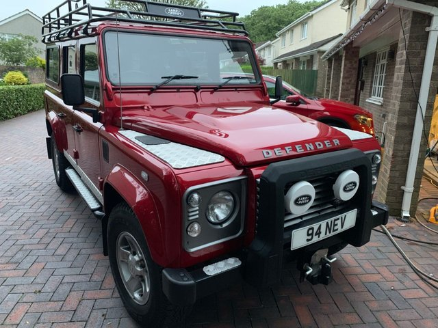 2014 LAND ROVER DEFENDER 2.2 TD 110 XS STATION WAGON 122 BHP Top of the Range