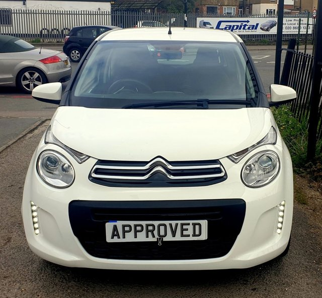 Citroen C3 Puretech Feel Hatchback: 2016 Citroen C1 Feel £5,195