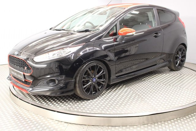 USED 2016 16 FORD FIESTA 1.0 ZETEC S BLACK EDITION 3d 139 BHP