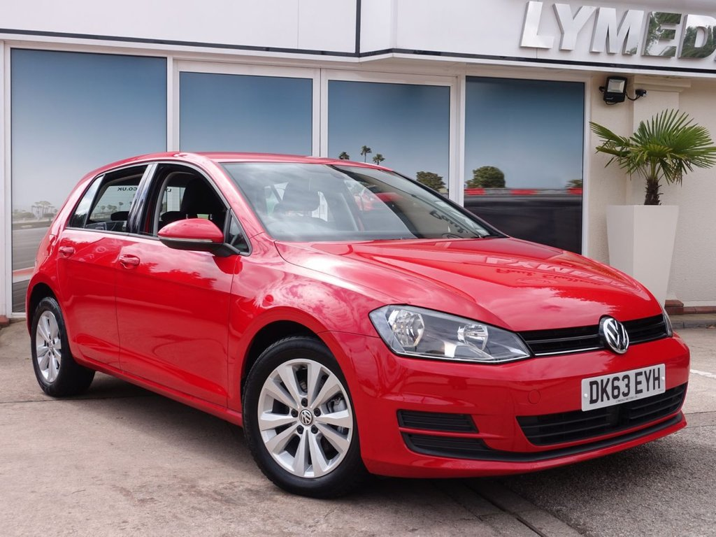 USED 2013 63 VOLKSWAGEN GOLF 1.6 SE TDI BLUEMOTION TECHNOLOGY 5d 103 BHP