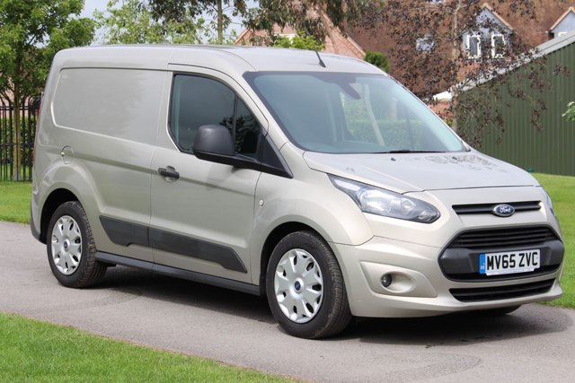 USED 2015 65 FORD TRANSIT CONNECT 1.6 200 TREND P/V 1d 94 BHP Trend AIR CON SAT NAV + REVERSE PARKING CAMERA