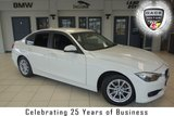 "USED 2015 15 BMW 3 SERIES 2.0 320D EFFICIENTDYNAMICS BUSINESS 4d AUTO 161 BHP FINISHED IN STUNNING ALPINE WHITE WITH FULL BLACK LEATHER SEATS + SERVICE HISTORY + SATELLITE NAVIGATION + DAB RADIO + BLUETOOTH + HEATED FRONT SEATS + PARKING SENSORS + CRUISE CONTROL + CLIMATE CONTROL + AIR CONDITIONING + 16"" ALLOY WHEELS"