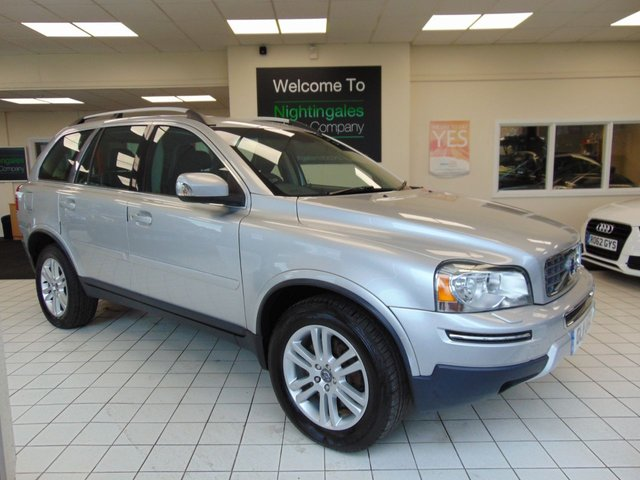 USED 2011 11 VOLVO XC90 2.4 D5 SE LUX AWD 5d AUTO 200 BHP VERY LOW MILES + JAN 2020 MOT + FULL SOFT LEATHER TRIM + HEATED FRONT SEATS + ALLOYS + HIGH PERFORMANCE CD RADIO + ROOF RAILS + ELECTRIC MIRRORS + ELECTRIC WINDOWS + 7 SEATS