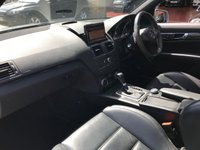 USED 2010 10 MERCEDES-BENZ C CLASS 6.2 C63 AMG 4d AUTO 451 BHP