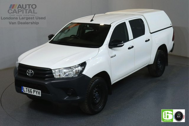 2016 66 TOYOTA HI-LUX 2.4 ACTIVE 4WD D-4D DCB 148 BHP EURO 6 ENGINE AIR CON, ONE OWNER, FULL SERVICE HISTORY