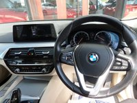 USED 2017 17 BMW 5 SERIES 2.0 520D SE 4d AUTO 188 BHP **NAV * F/S/H * LEATHER** ** F/BMW/S/H * NAV * HEATED LEATHER **