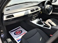 USED 2012 12 BMW 3 SERIES 2.0 320D SE TOURING 5d 181 BHP
