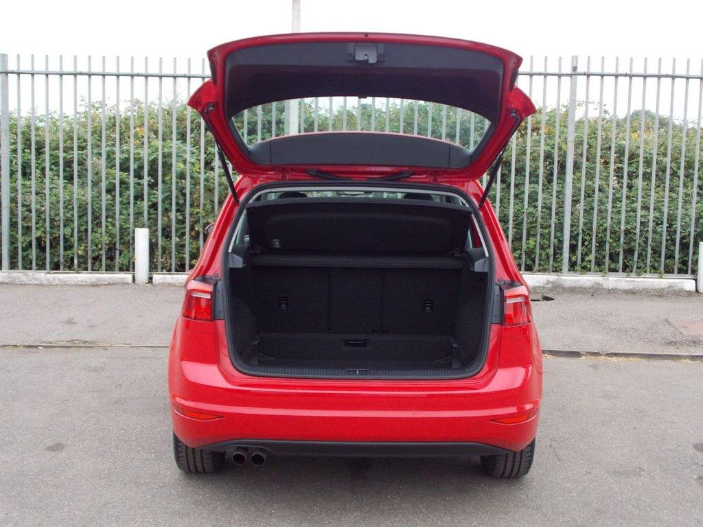 USED 2016 16 VOLKSWAGEN GOLF SV 1.4 SE TSI DSG 5d AUTO 123 BHP
