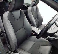 USED 2009 59 VOLVO XC60 2.4 D5 SE AWD 5d 205 BHP