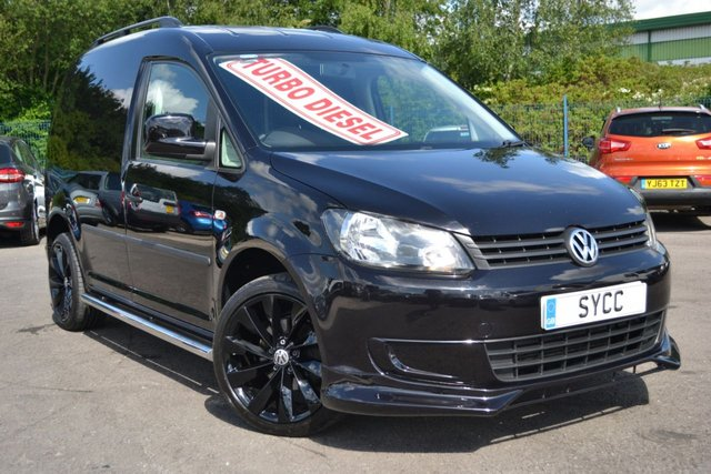 "USED 2015 15 VOLKSWAGEN CADDY 1.6 C20 TDI STARTLINE BMT TECH 4d 101 BHP ~ SPORTLINE SPORTLINE STYLE KIT ~ VW 18"" ALLOYS IN BLACK ~ CHROME SIDE BARS ~ ROOF BARS"