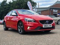 USED 2014 64 VOLVO V40 1.6 D2 R-DESIGN LUX 5d AUTO 113 BHP FULL LEATHER +   18 INCH ALLOYS   1 PREVIOUS KEEPER +   FULL YEAR MOT +  SERVICE RECORD +  CLIMATE CONTROL +