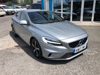 USED 2017 17 VOLVO V40 2.0 D3 R-DESIGN NAV PLUS 5d 148 BHP
