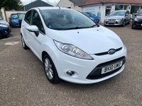 USED 2010 10 FORD FIESTA 1.2 ZETEC 5d 81 BHP FULL SERVICE HISTORY WITH 9 STAMPS IN THE BOOK / VOICE COMMS / USB / BLUETOOTH