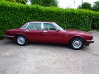 USED 1990 G JAGUAR XJ 2.9 SOVEREIGN 4d AUTO 165 BHP