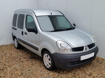 2008 RENAULT KANGOO 1.6 AUTHENTIQUE 16V 5d AUTO 94 BHP £3998.00