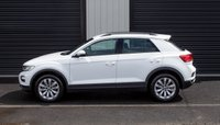 USED 2018 18 VOLKSWAGEN T-ROC 1.0 SE TSI, APPLE CAR PLAY, FRONT & REAR SENORS, RADAR CRUISE CONTROL, WARRANTY EXP 04/21 Immaculate, Efficient and High Spec