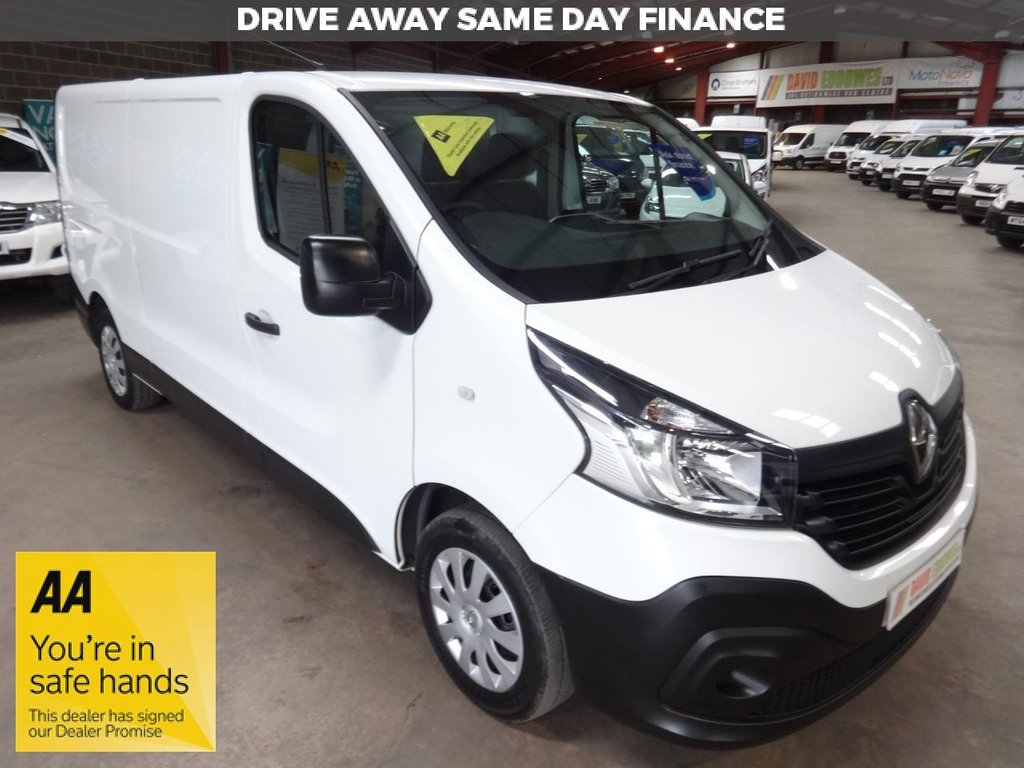 """USED 2015 65 RENAULT TRAFIC 1.6 LL29 BUSINESS ENERGY DCI S/R P/V 120 BHP L2 LWB VAN """"YOU'RE IN SAFE HANDS"""" - AA DEALER PROMISE"""