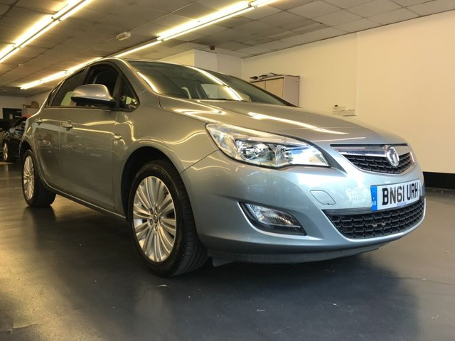 USED 2011 61 VAUXHALL ASTRA 1.4 EXCITE 5d 98 BHP FULL MAIN DEALER SERVICE HISTORY, BLUETOOTH PHONE PREPARATION