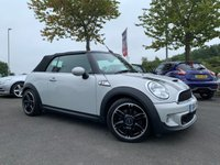 "USED 2014 14 MINI CONVERTIBLE 1.6 COOPER S 2d 184 BHP SERVICE HISTORY, FULL LEATHER, HEATED SEATS, SAT NAV, CLIMATE CONTROL, 17"" DIAMOND CUT ALLOYS, REAR PARKING SENSORS 12 MONTHS MOT"