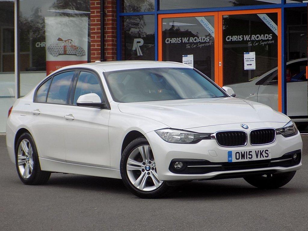 USED 2015 15 BMW 3 SERIES 2.0 318d Sport 4dr ** Sat Nav + Bluetooth **